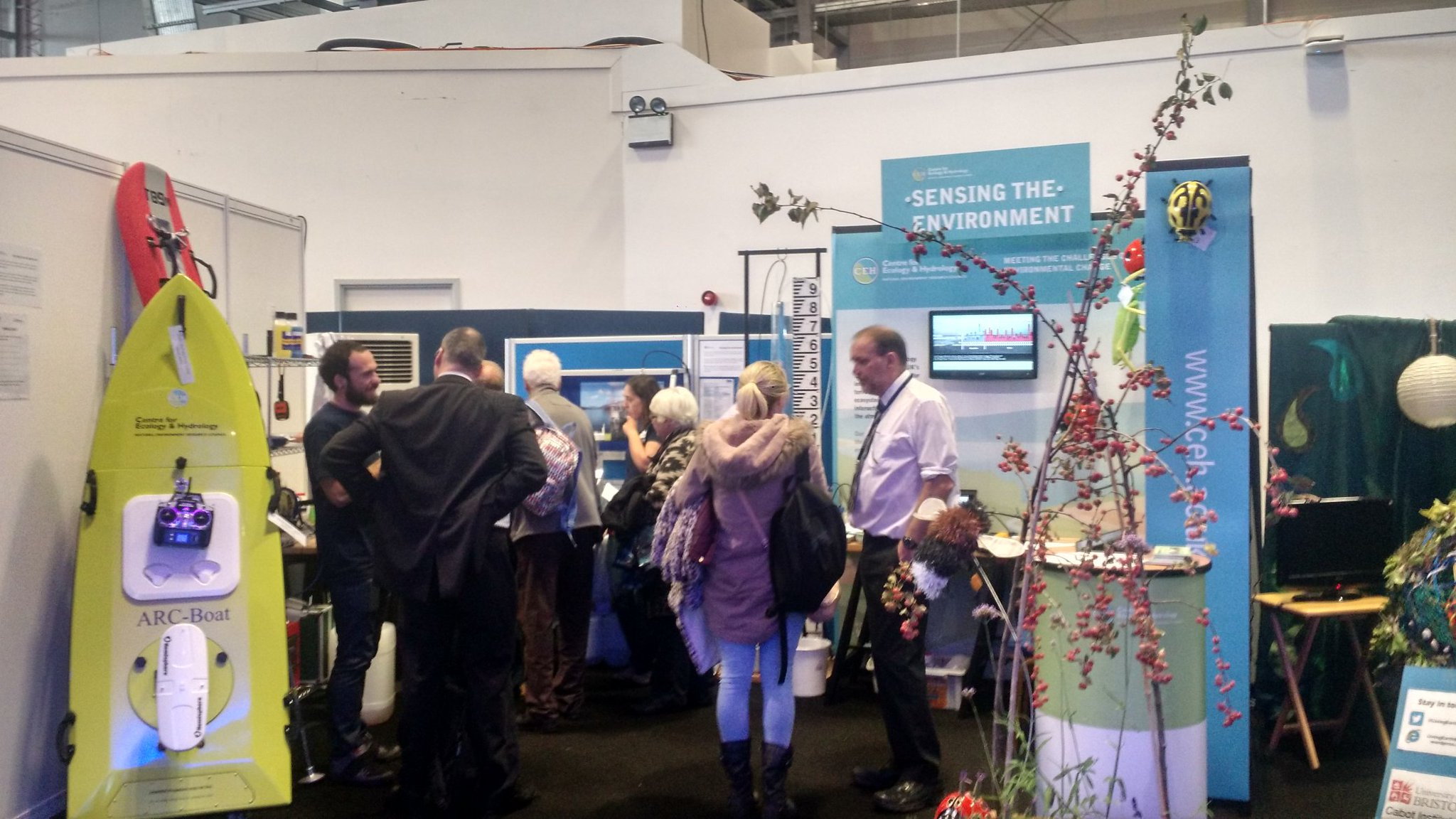 Looking busy this afternoon on @CEHScienceNews Sensing the Environment stand at #nercintotheblue #scicomm https://t.co/Z36QSP5AjF