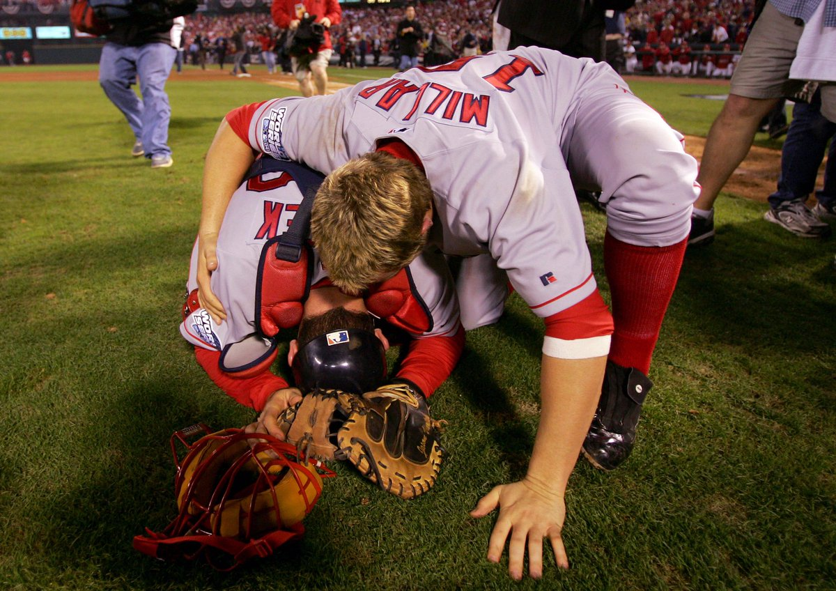 12 years ago today, we reversed the Curse! #MLBmemorybank https://t.co/PEMpzzXd8Y