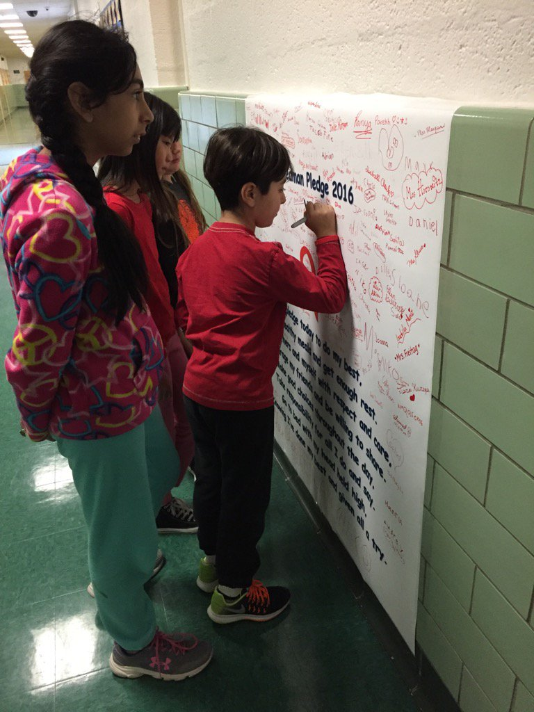 Pledging to lead a healthy lifestyle! #seamanstrength https://t.co/c6qonQTrEY