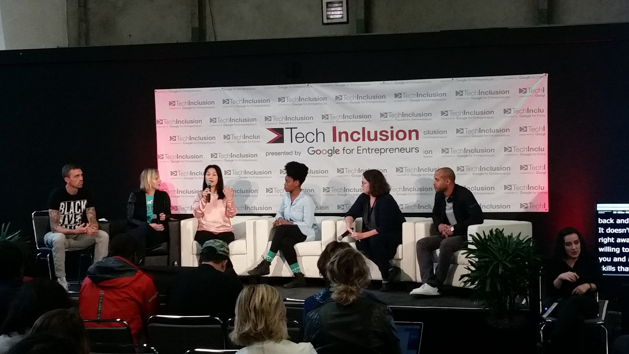.@hadiyahdotme and @mstinalee speaking on teaching diverse folks to code. #techinclusion16 https://t.co/fMjYOjKKdB