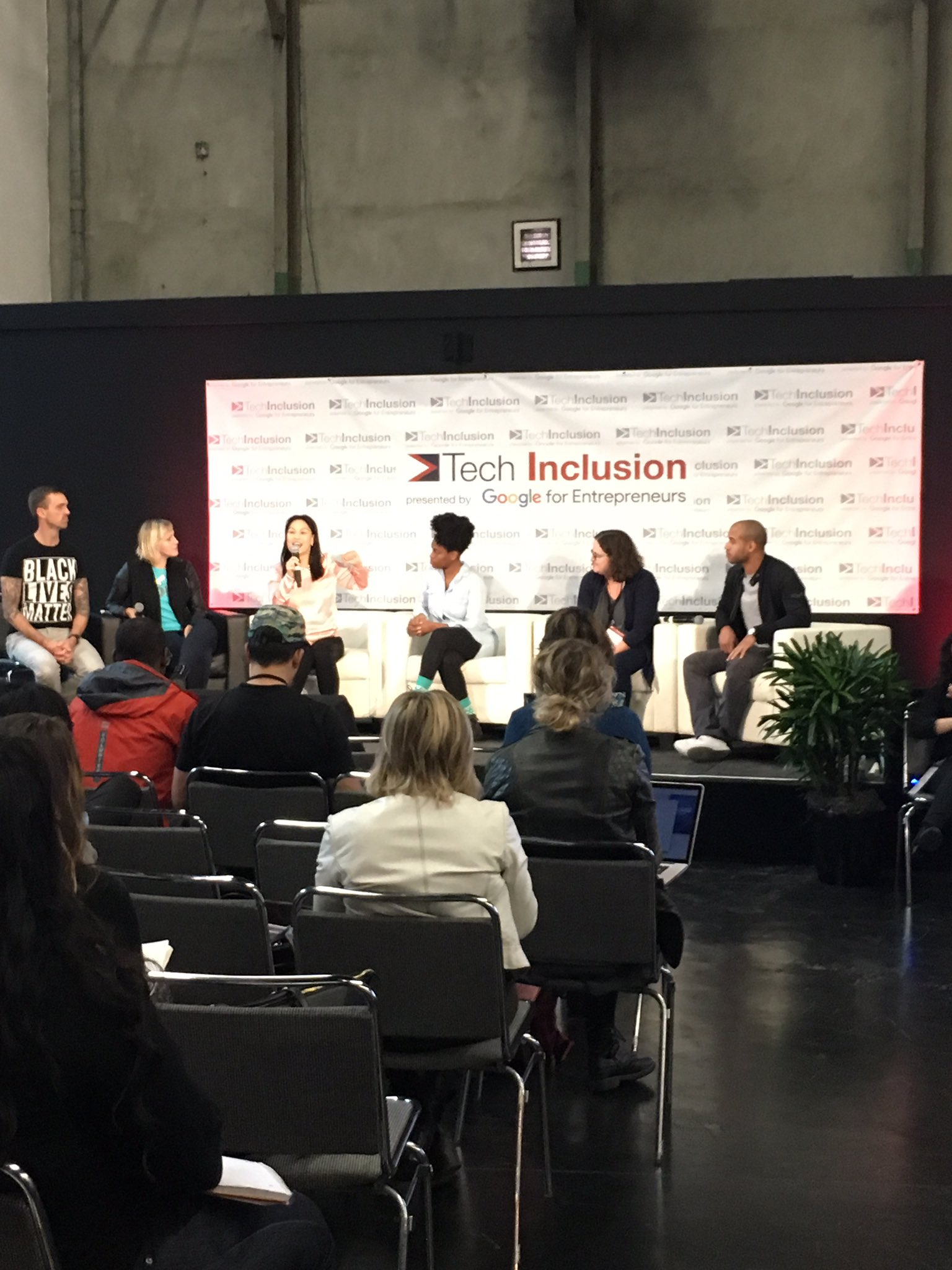 Taking about the implicit biases that exist in the workplace!  #TechInclusion16 https://t.co/ehacKyiGjP