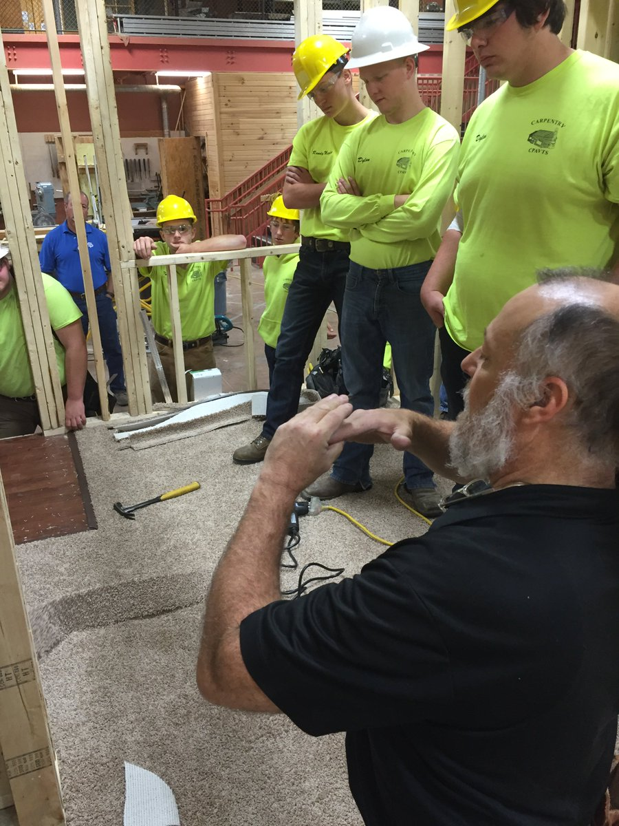 Berlandperry Avts On Twitter Touch Of Color Flooring Provides A Demo For Carpentry And Students Get In The Experience Cpavts