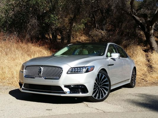 Rolling out the red carpet for @LincolnMotorCo's Continental via @HenryEPayne
