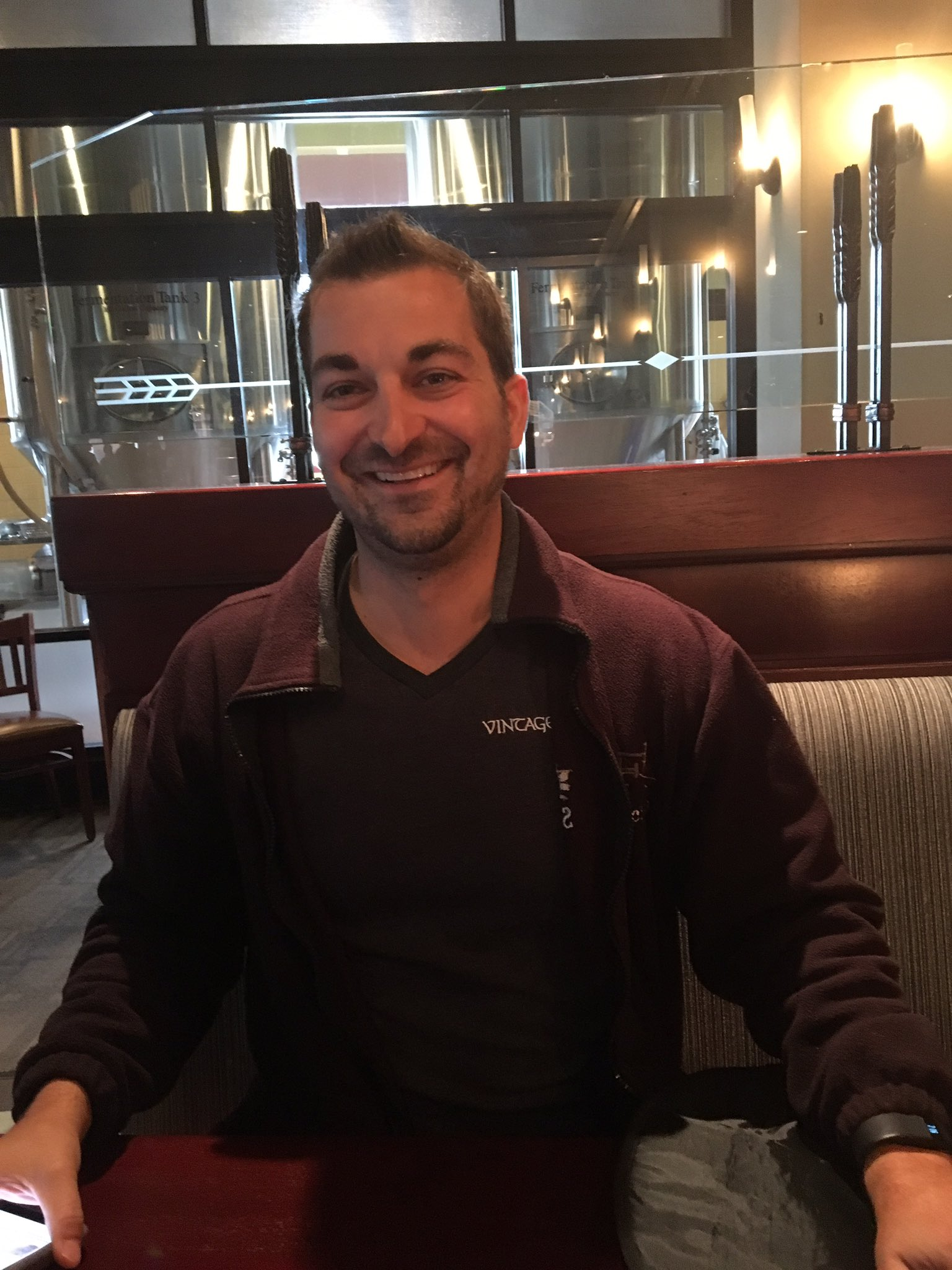 https://pbs.twimg.com/media/CvyzztGXEAENumO.jpg:large
