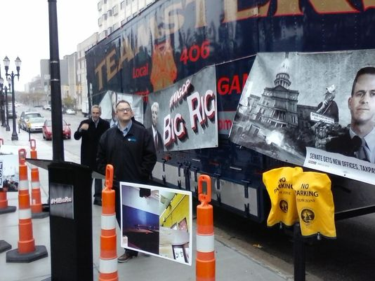 Dems 'big rig' tour bashing @MIGOP starts with a honk