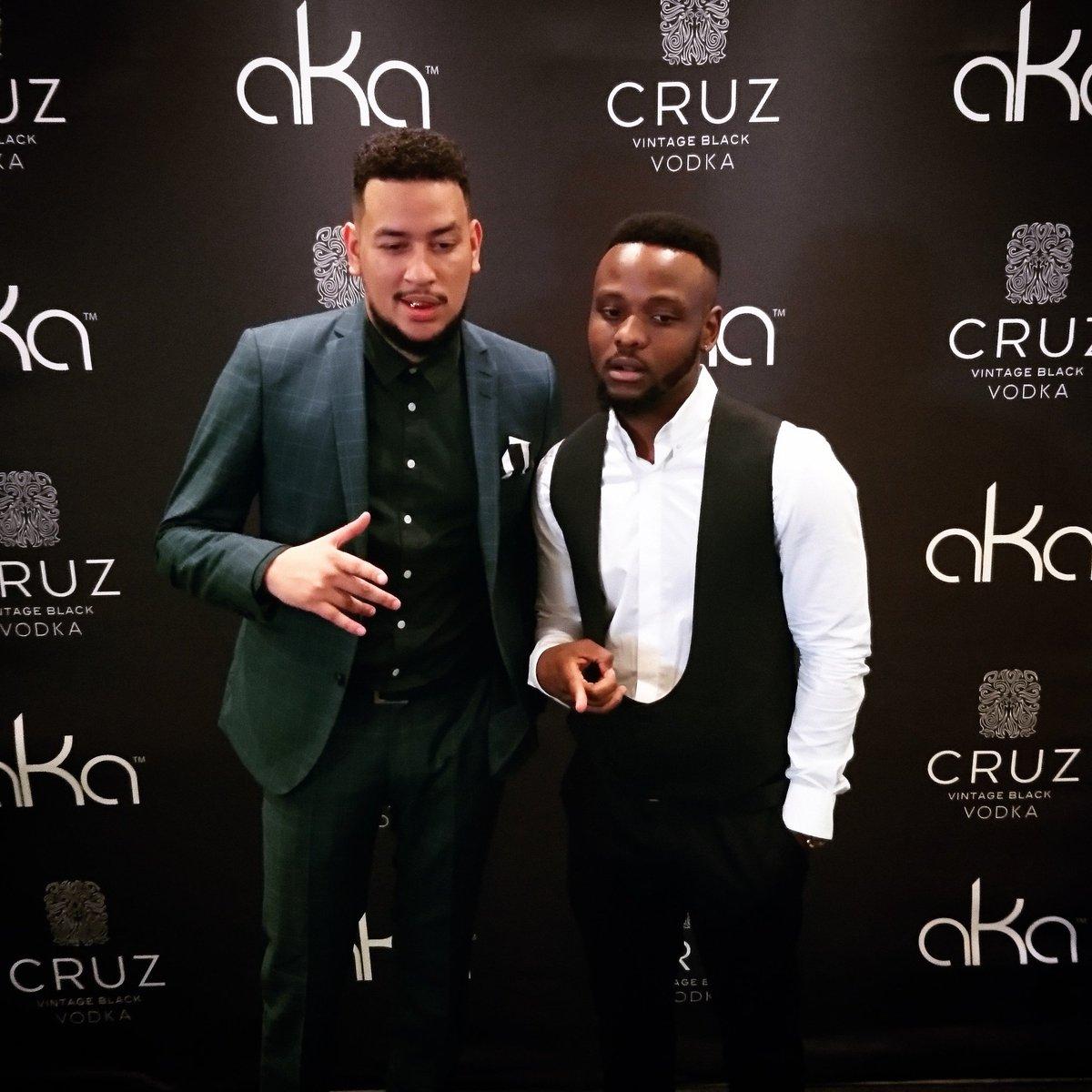 Congrats my brother @akaworldwide Cruz vodka premium lifestyle things. https://t.co/JVQzBSSyVL