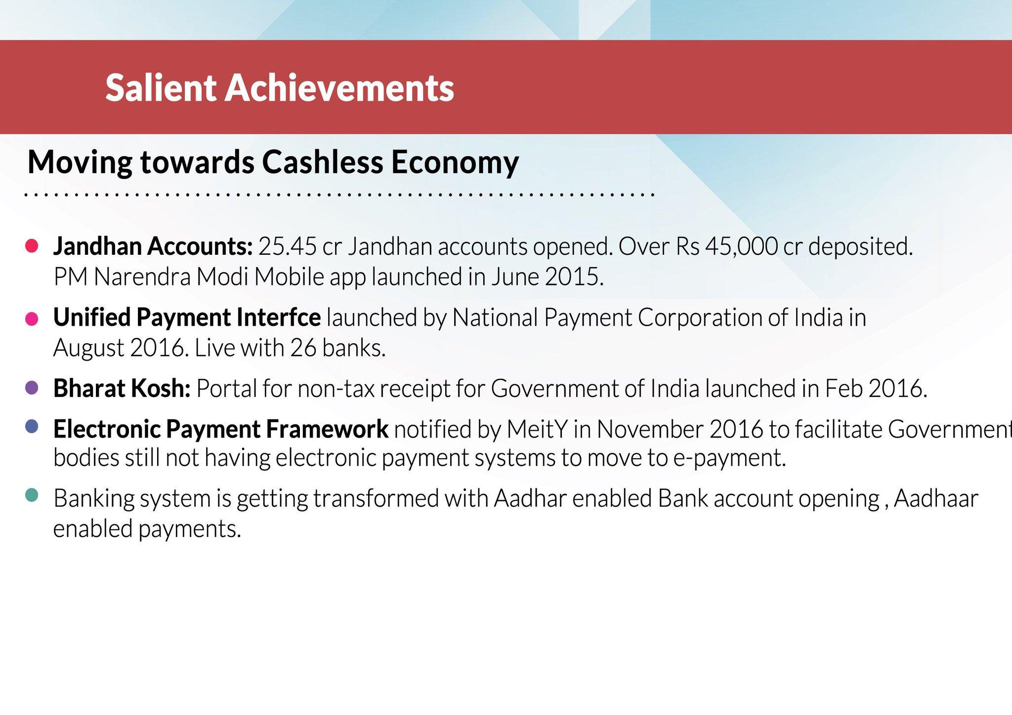 Moving towards Cashless Economy. #TransformingIndia through #DigitalIndia. #EEC2016 https://t.co/u8IyyCdIJ4
