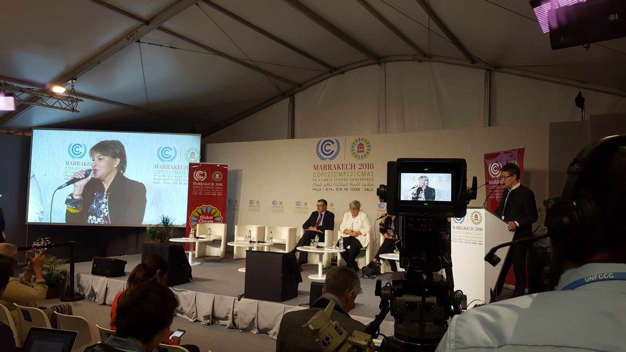 Energy day at #COP22 opens with a press conference @IRENA @SE4ALL https://t.co/RyXOUvIfwh
