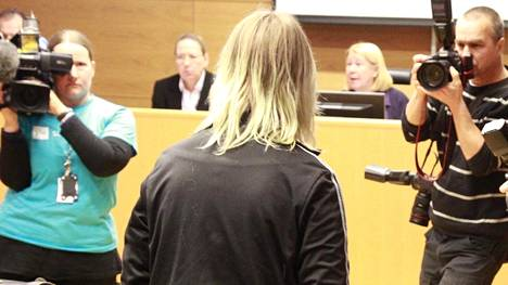 Cram School Business and Youth Frustration against Schools in Finland 2/2