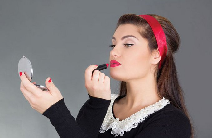 5 Beauty Hacks Every Woman Should Know: makeup hacks