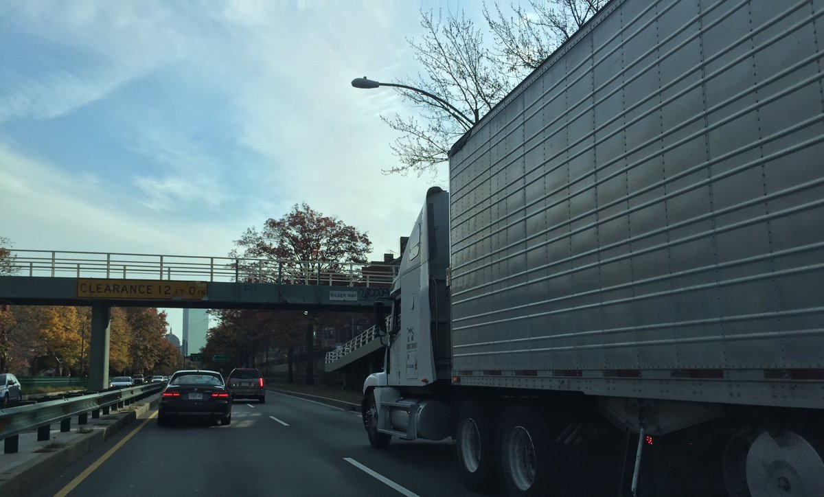 Sure as the sun will rise some idiot will try to shove a truck under a bridge on Storrow. @universalhub #storrowing https://t.co/B6JYnbyDv5