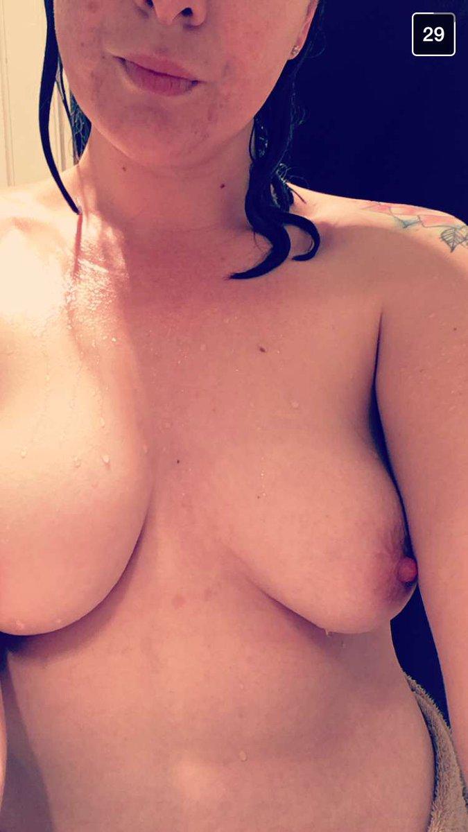 Nude Selfie 9363
