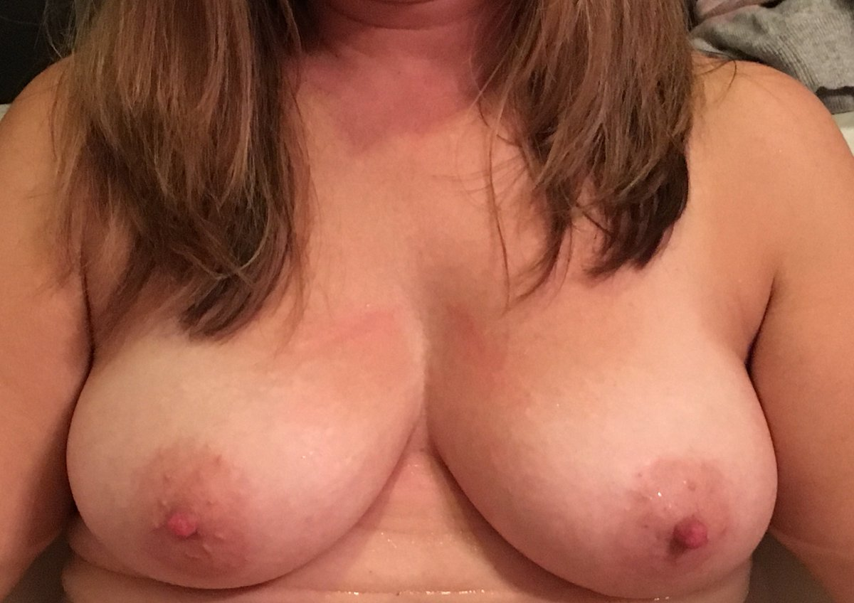 Nude Selfie 9393