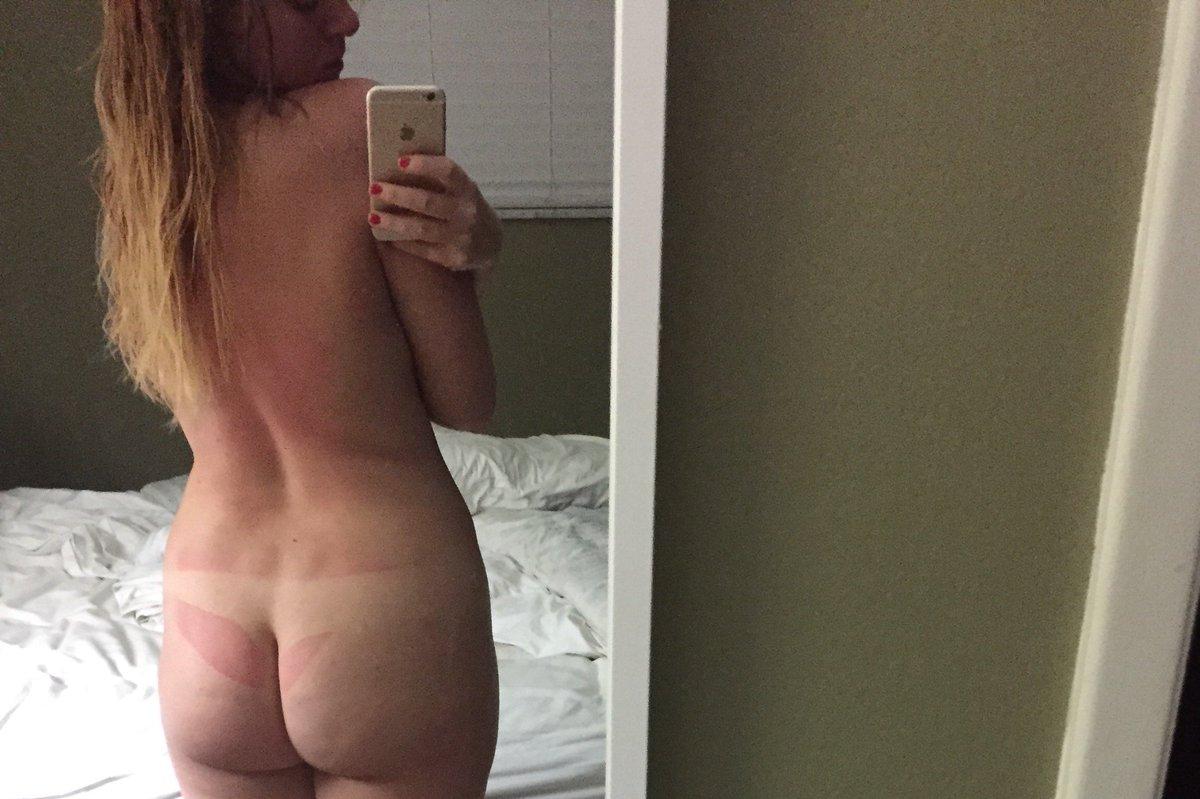 Nude Selfie 9398