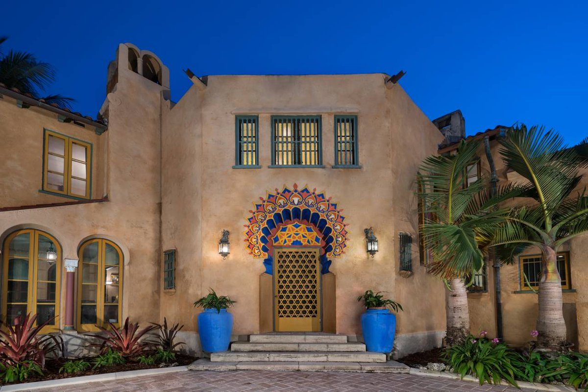 Three arches latest news breaking headlines and top for Moroccan style homes