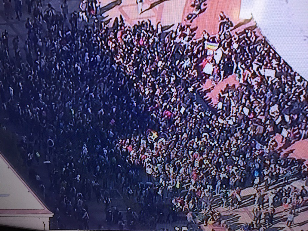 Student walkout at #Berkeley High, post-election protest https://t.co/6dx65lYHLA
