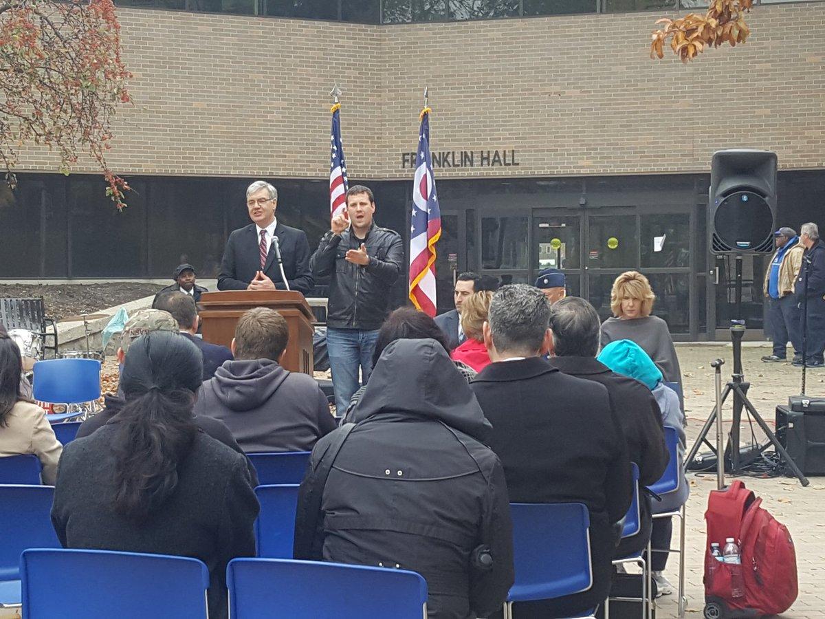 5th Annual Veterans Day Commemoration Ceremony @cscc_edu #servicetocountry #thankstourmilitary #honorandsacrifice<br>http://pic.twitter.com/MeA7KrcCn0