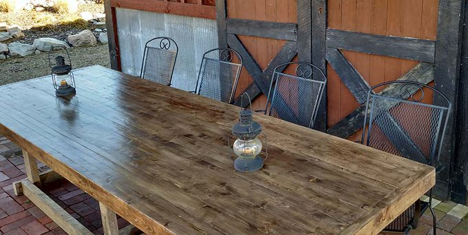 A Classic DIY Farm Table - Made Entirely From 2 x 4's!