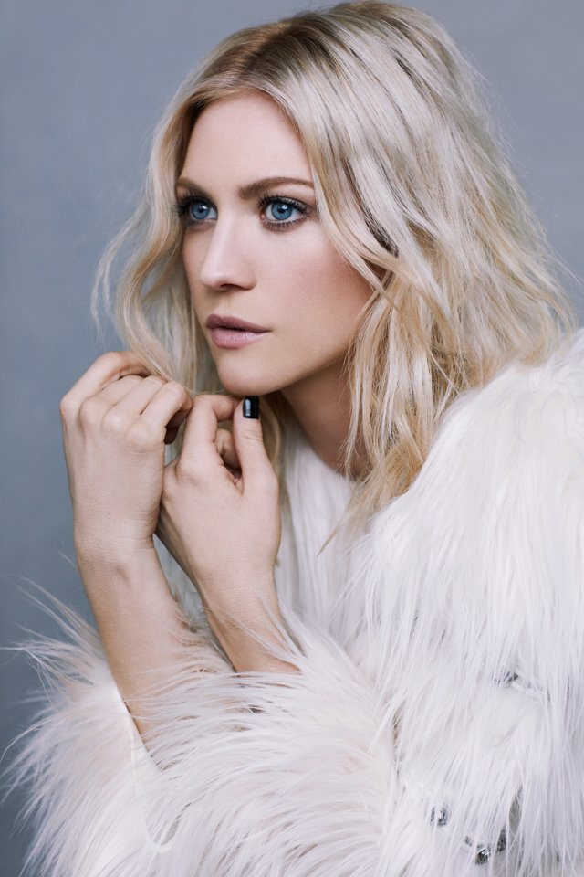 Actress @Brittanysnow looking like a snow queen. Loved this shoot! Styling by @LindseyDupuis @TheWallGroup https://t.co/d7hBUTPGl9