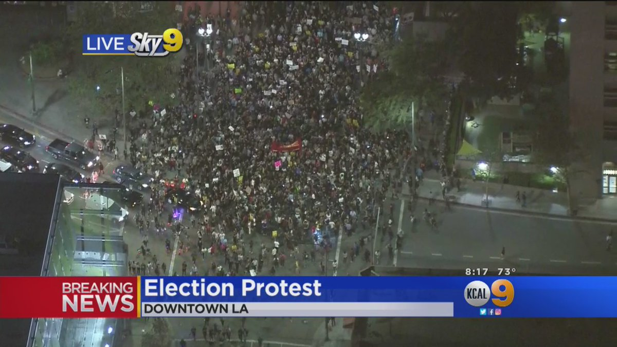 #BreakingNews Massive Trump Protest In Progress In Downtown Los Angeles https://t.co/vLBHuPPGxA