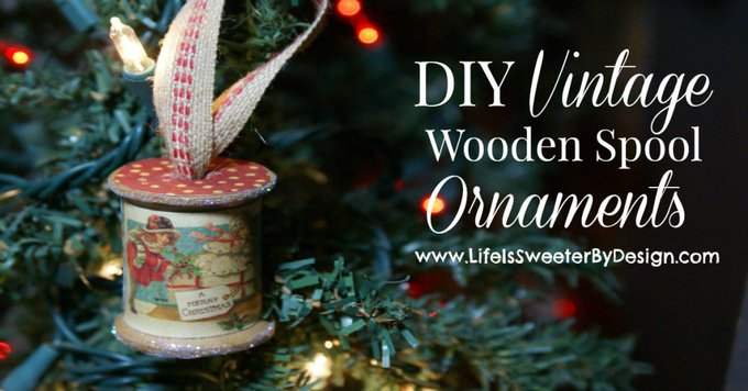 This Wooden Spool Ornament is such a fun DIY project! VintageDIY Crafts
