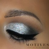 Shine bright like a diamond this holiday season. Create the look here makeup bbloggers