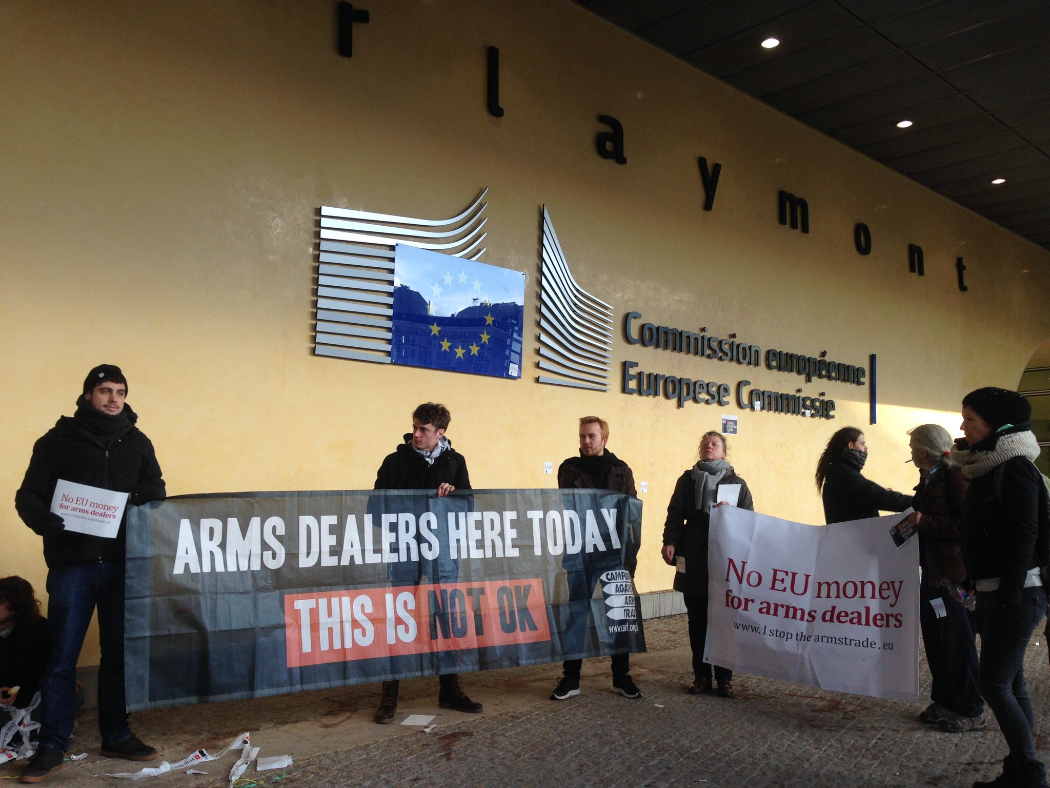 Arms dealers lobbying EU policymakers here today in Brussels https://t.co/U9FD26IPmG