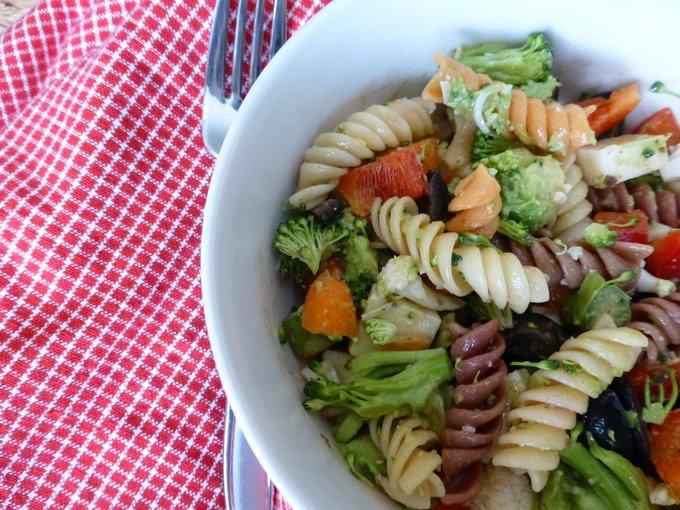 Veggie Pasta Salad ://