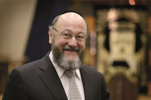 Chief Rabbi slams Trump as 'a racist' https://t.co/WgtEQ059mA https://t.co/r1Y8IGB9N6