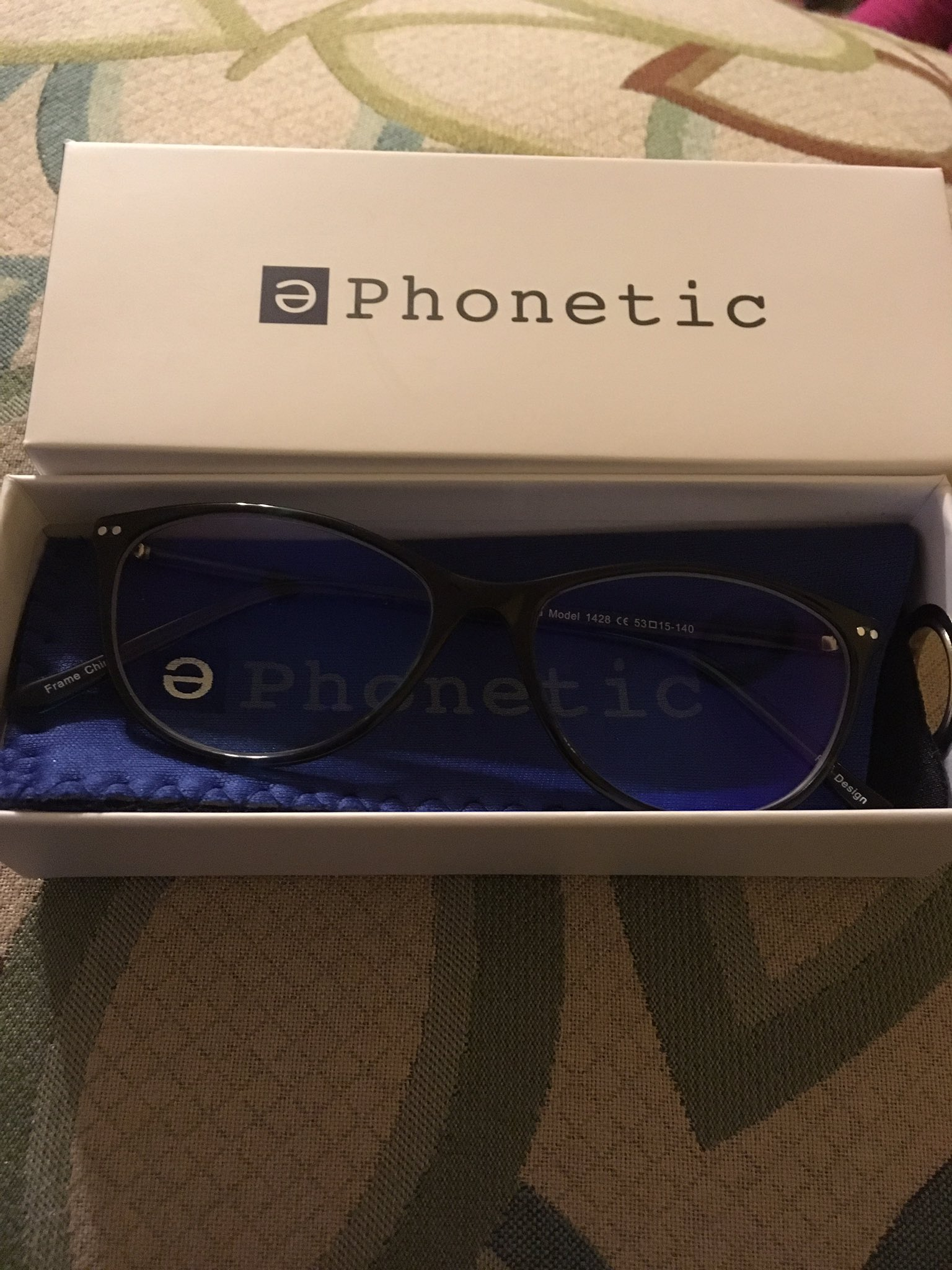 "I got my ""Julia"" glasses today. Thanks for the fast shipping, @PhoneticEyewear!!! 👓 #Blogalicious8 #BlueLightBlogger https://t.co/5xDld3e4QD"