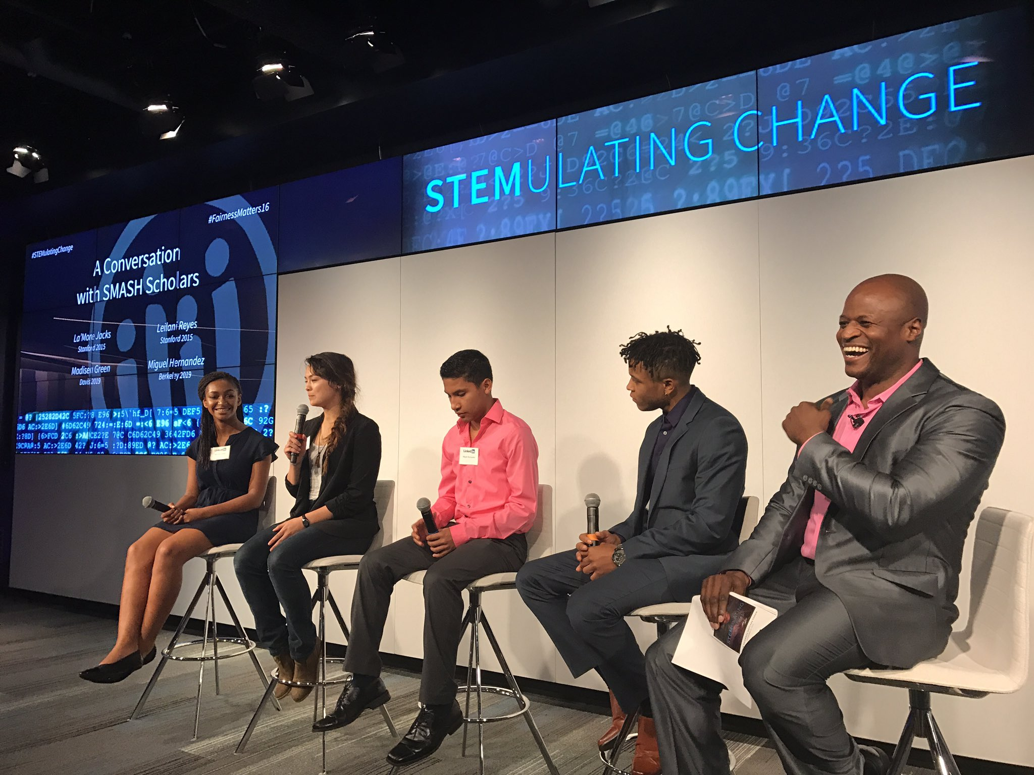 A much-needed moment of hope. #stemulatingchange #fairnessmatters16 https://t.co/GsYVow366i