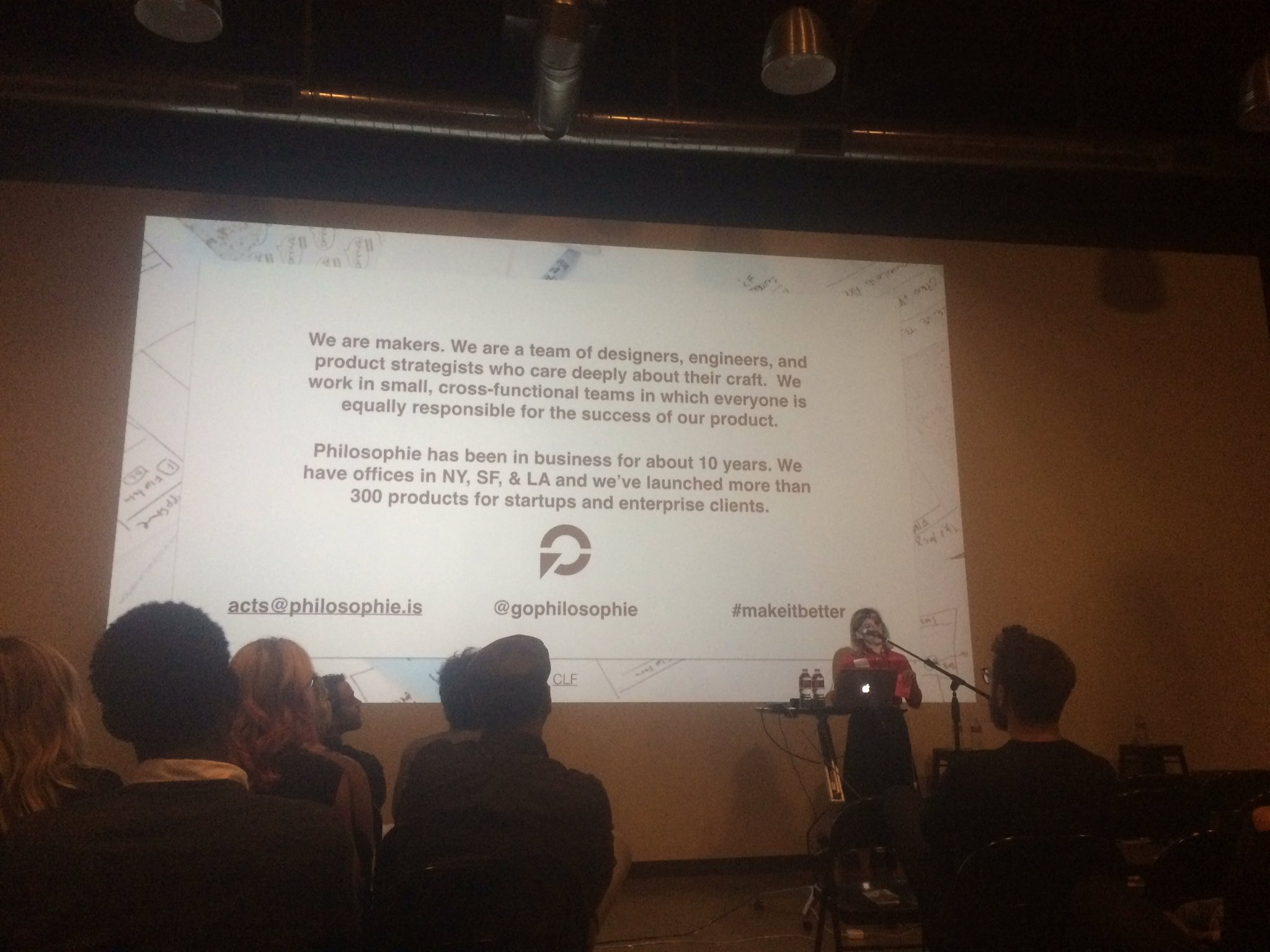 .@lara_fedoroff talks about sponsor @gophilosophie #wud16la https://t.co/iXnd8SGyjc