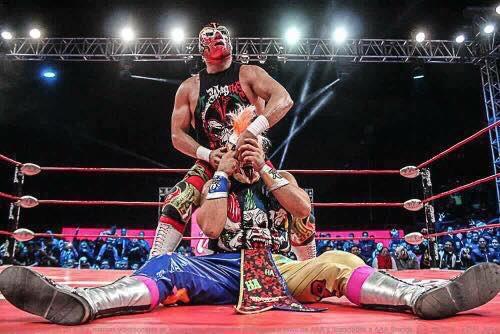 AAA: Se oficializa la lucha de apuestas entre Dr. Wagner Jr. y Psycho Clown para Triplemanía XXV 2
