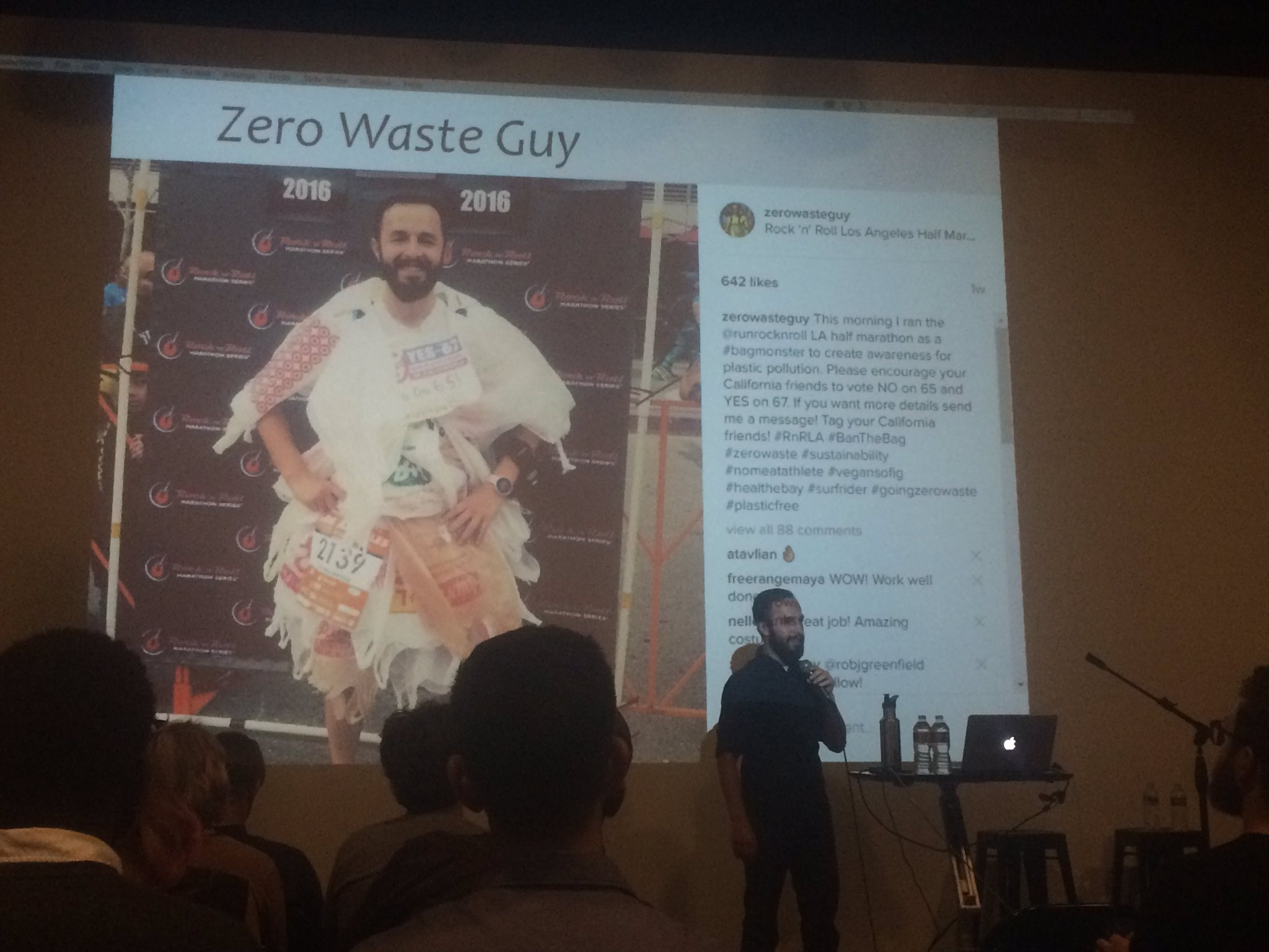 From corporate to @zerowasteguy1 (yay plastic bag ban) #wud16la https://t.co/Vhd9eNfLtk