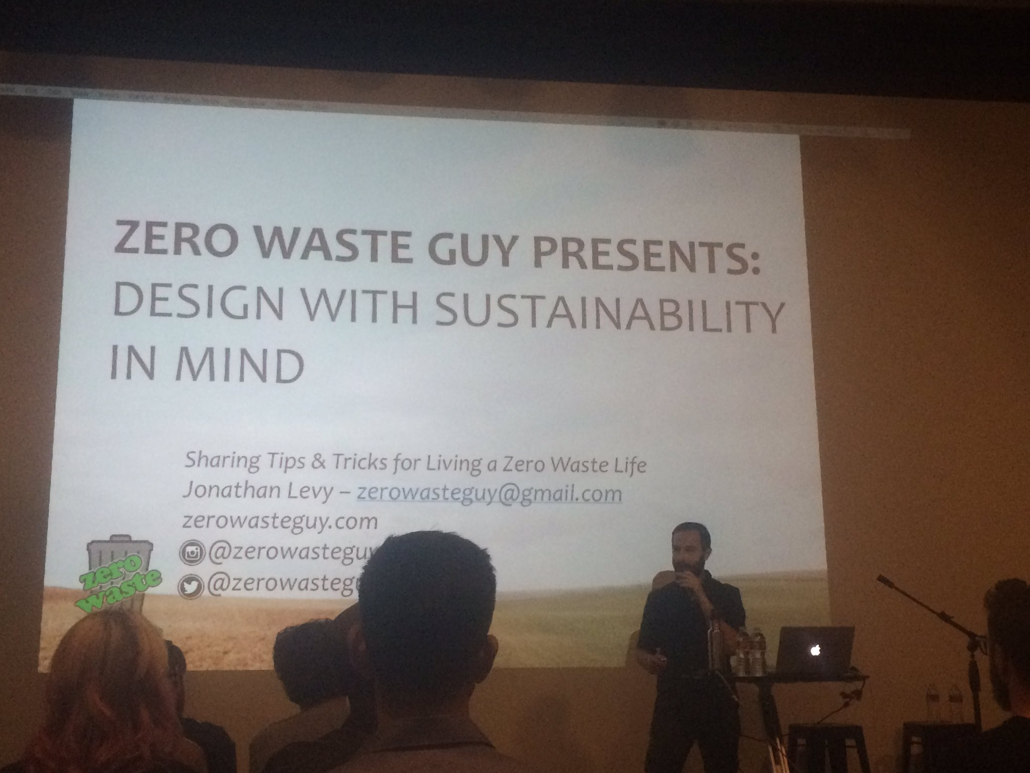 .@zerowasteguy1 talks sustainability at #wud16la. Consider at World Series, manufacturers make 2x merchandise than they need. https://t.co/E62VPRNE7m
