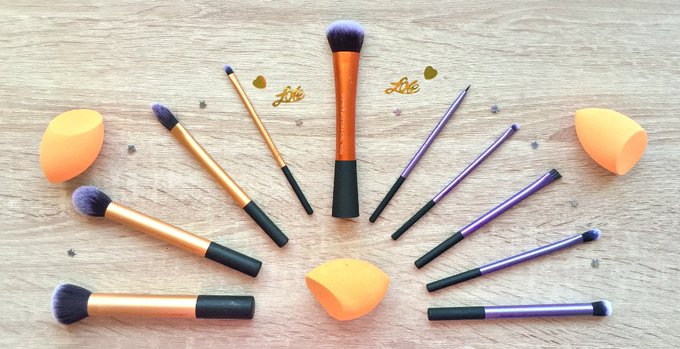 New Blog post Up realtechniques makeup makeupbrushes LovingBlogs realtechniques