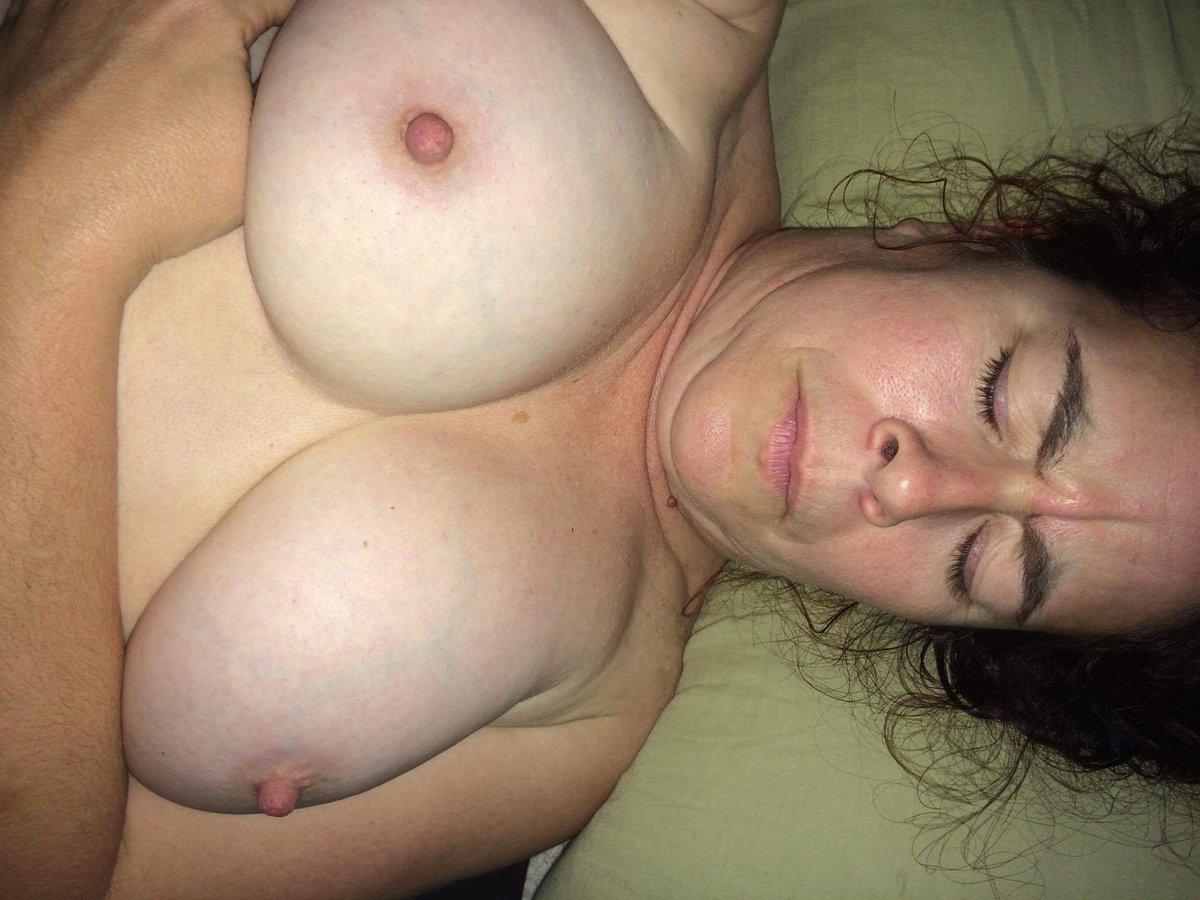Nude Selfie 9148