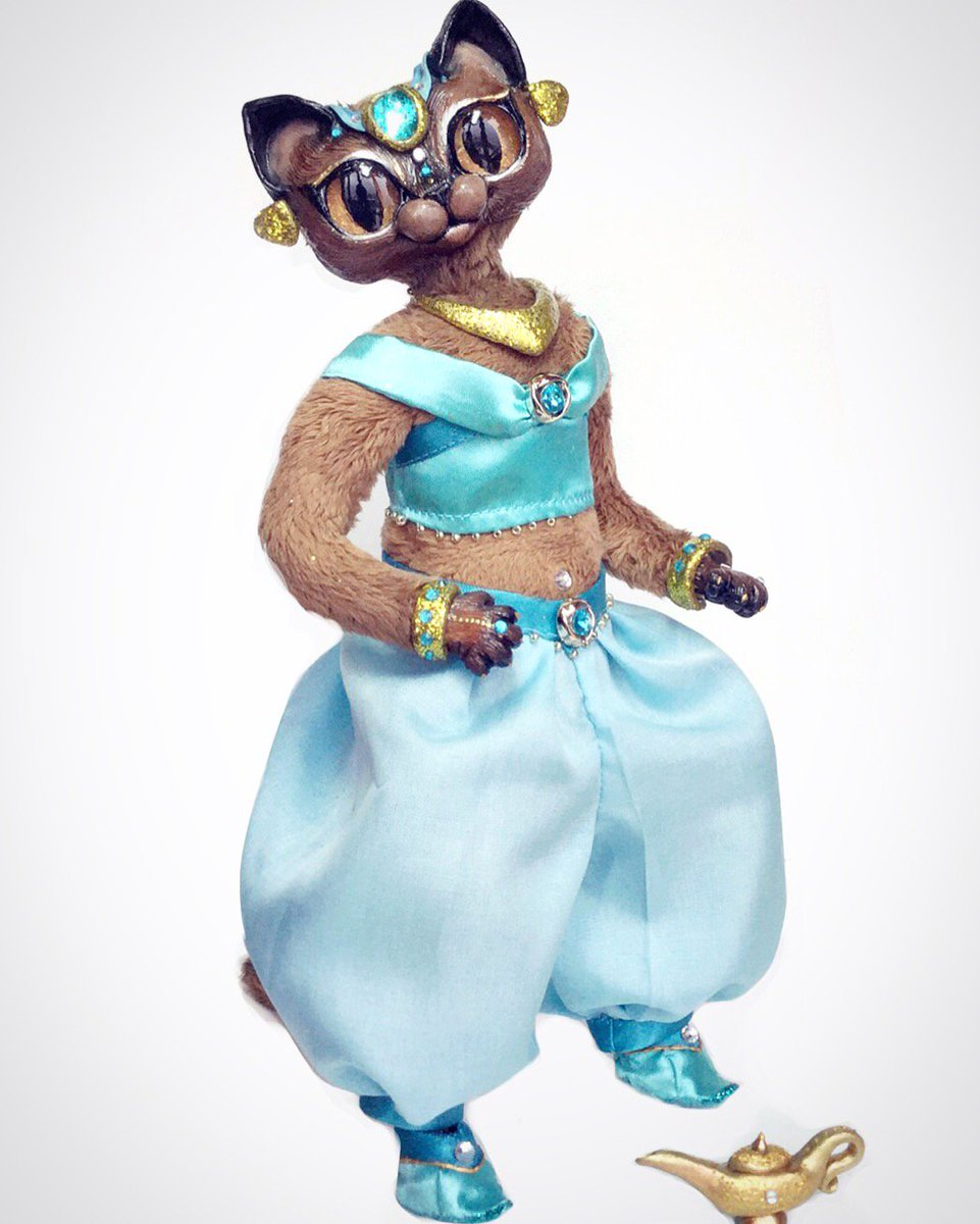 Fleur De Lapin On Twitter Princess Jasmine Burmeise Kitty Doll