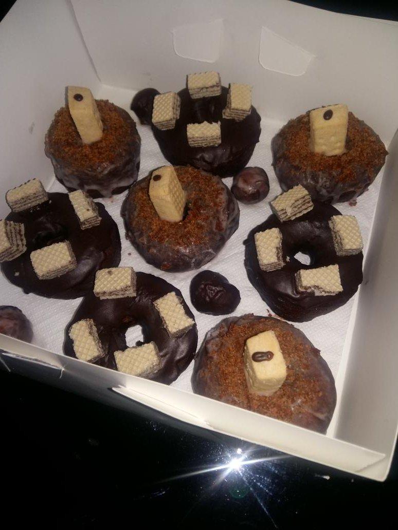 RT pls, my customers might be on ur TL #DonutsOnly #OrderNow #AbujaOnly <br>http://pic.twitter.com/qcirHBPBNP