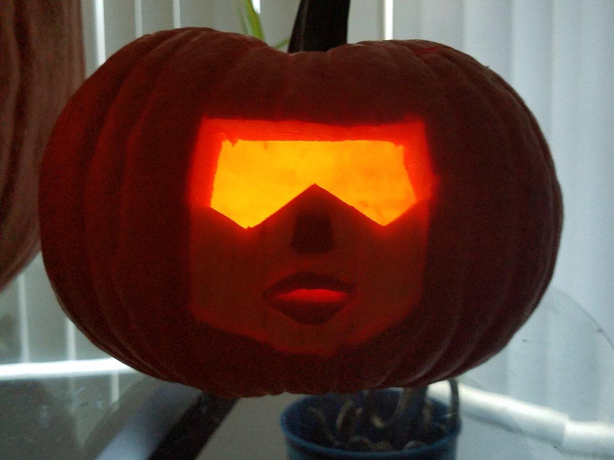 Pumpkin Carved for my daughter Garnet fan! Lol!  #StevenUniverse @EstelleDarlings