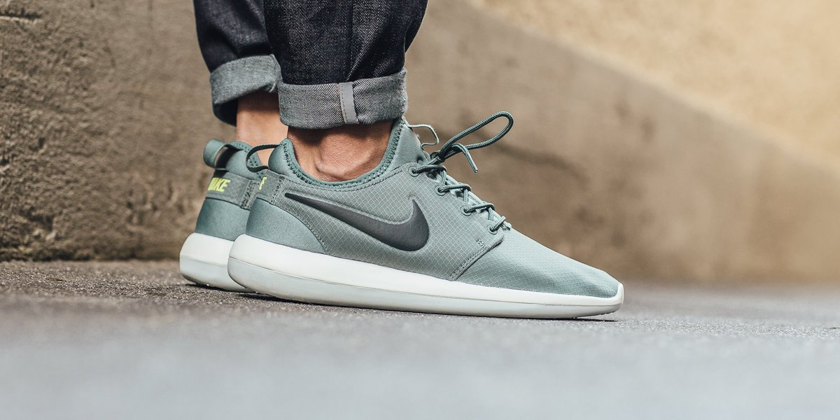 men's nike roshe two flyknit casual shoes nz