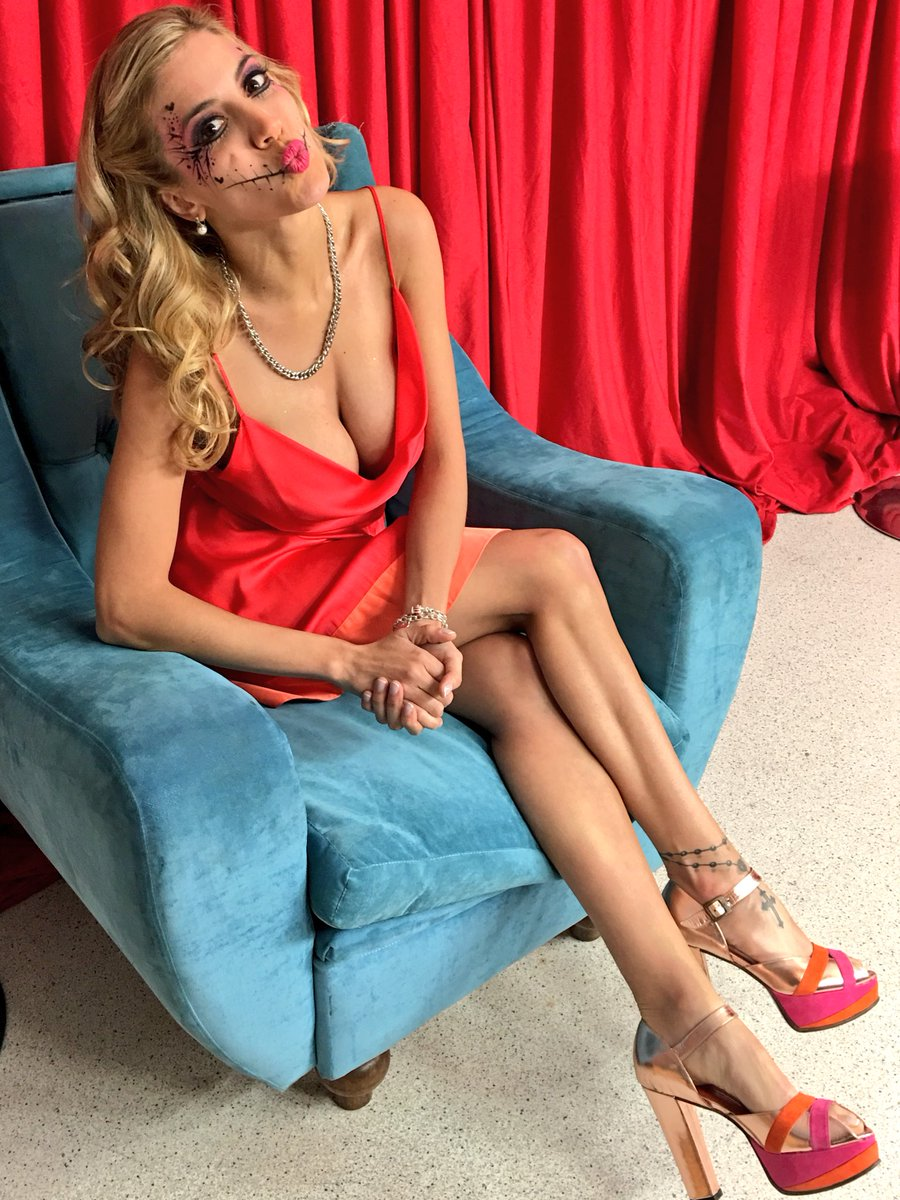 Virginia Gallardo