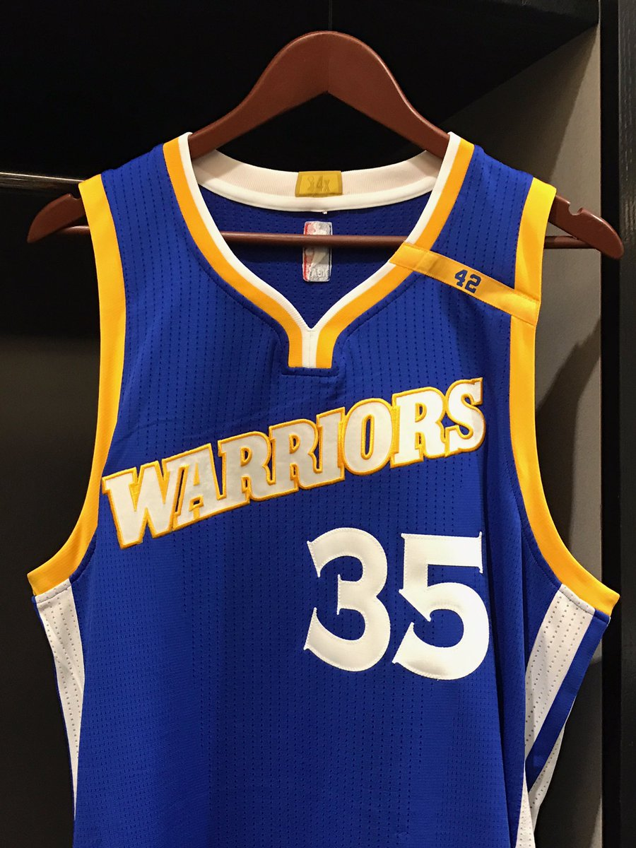 newest 6e94a bf158 Golden State Warriors on Twitter: