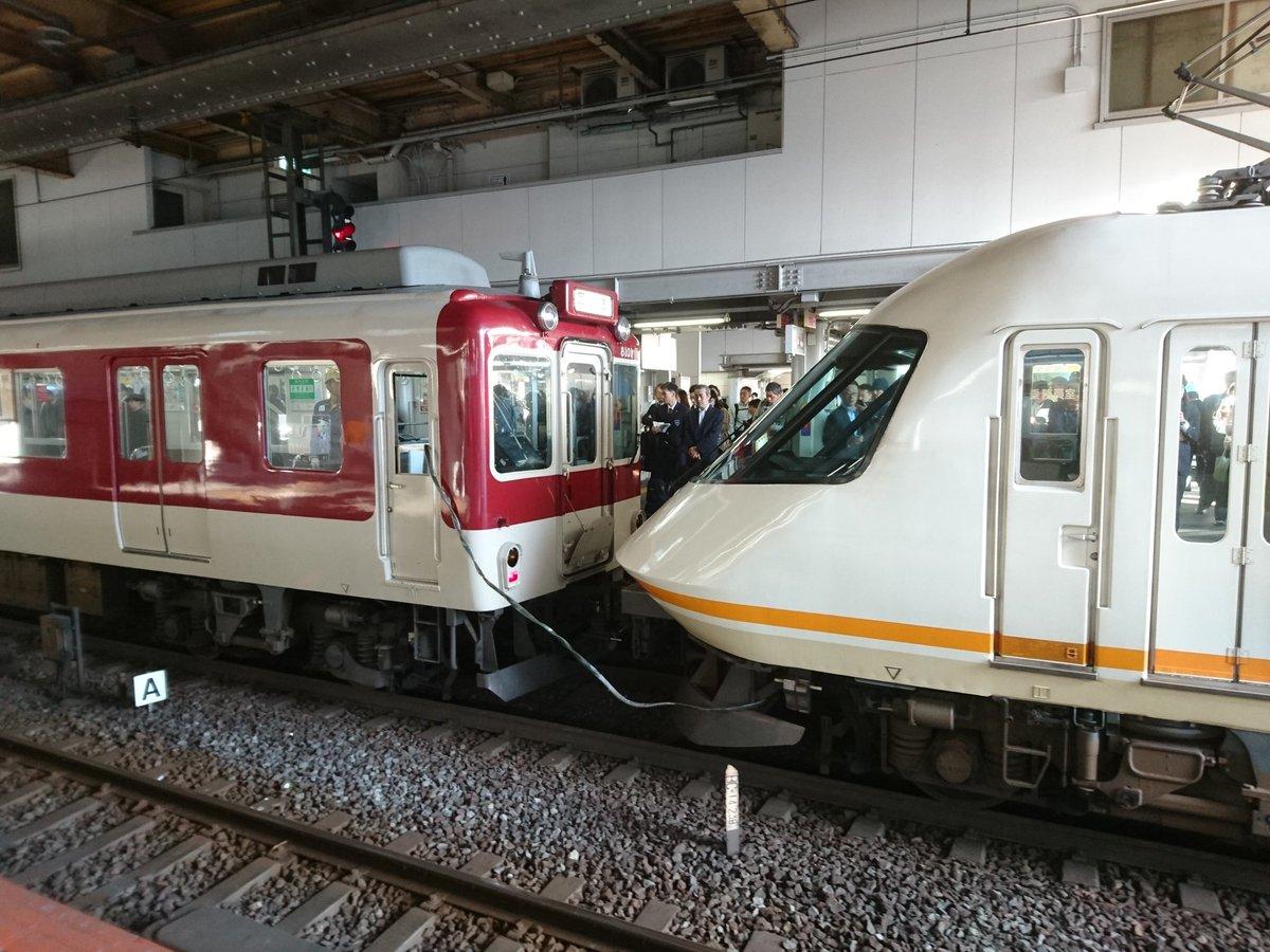 まさかの奈良線運休 そして超謎編成 このまま生駒トンネルに消えていきました()