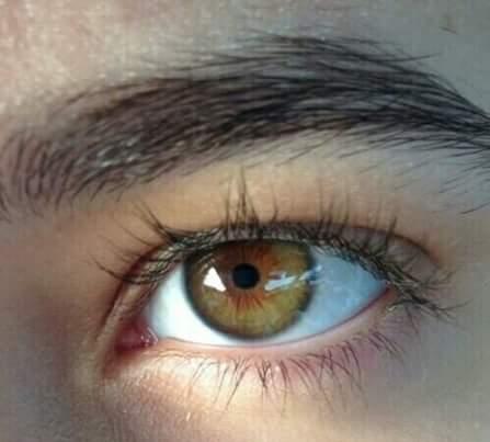 تغيير لون العيون الى العسلي