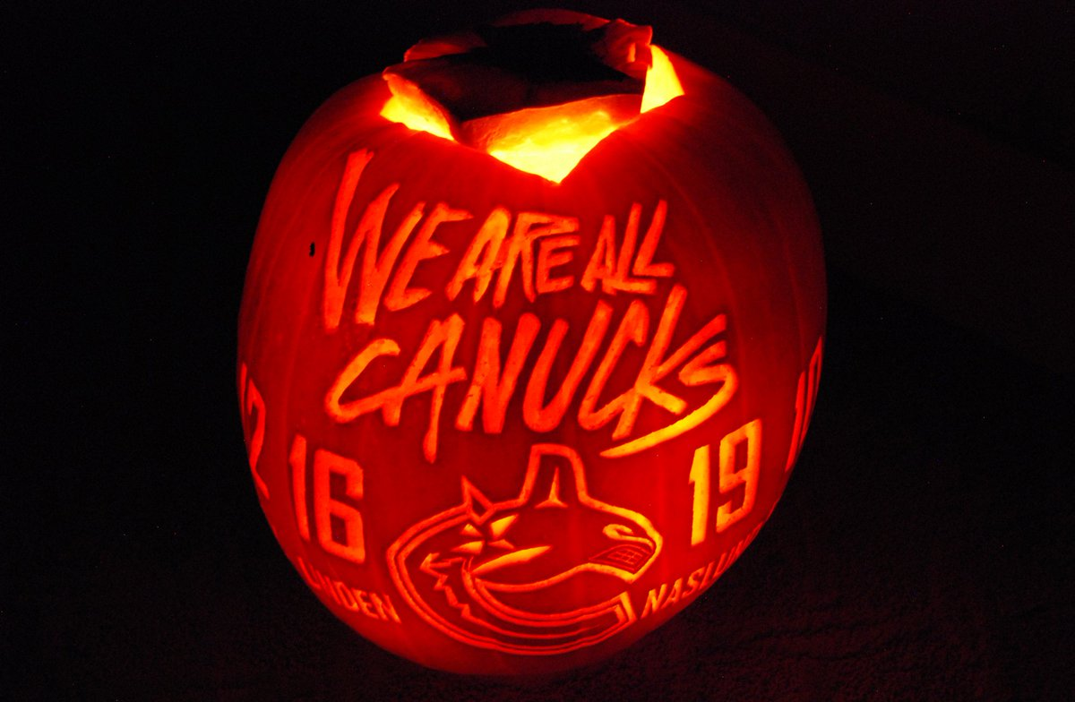 We are all #Canucks - here's my Canucks Pumpkin for this year. Happy #Halloween everyone! https://t.co/cKB15K001c