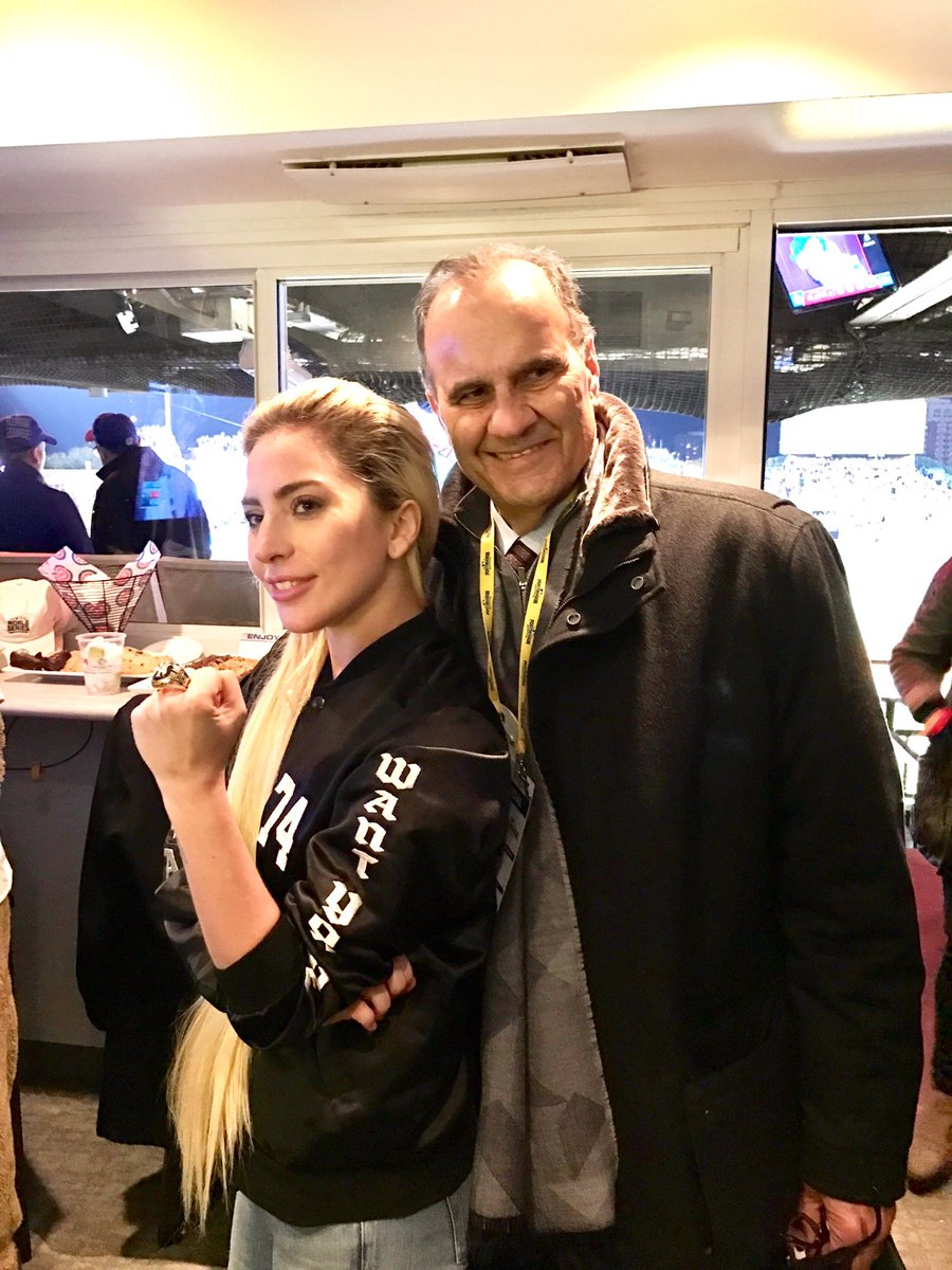 Joe Torre On Twitter At The Worldseries With At Ladygaga Wearing