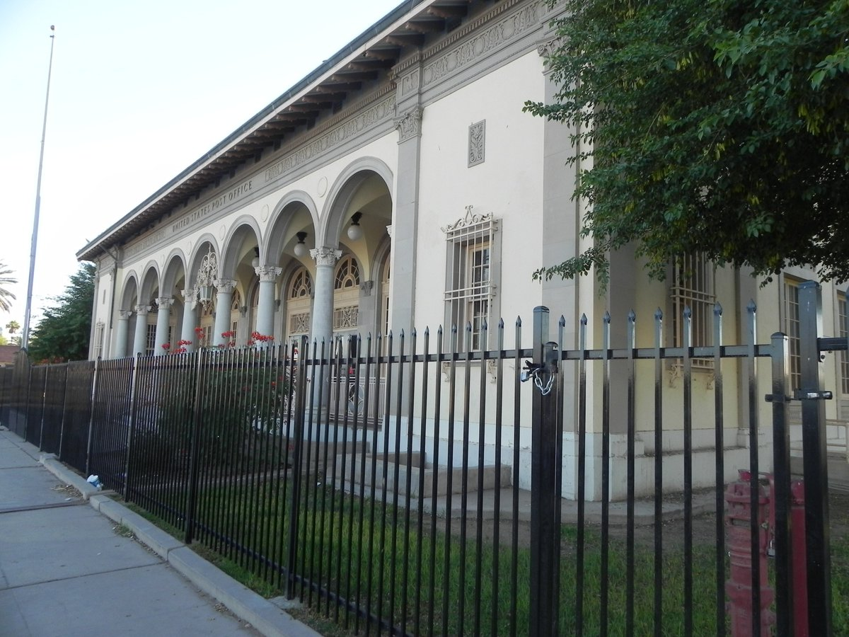 Ghosts of imperial valley halloween horrors originally constructed in 1932 as the el centro old post office pavilion or opop it remained the main post office until the 1970s when it was renovated to solutioingenieria Images
