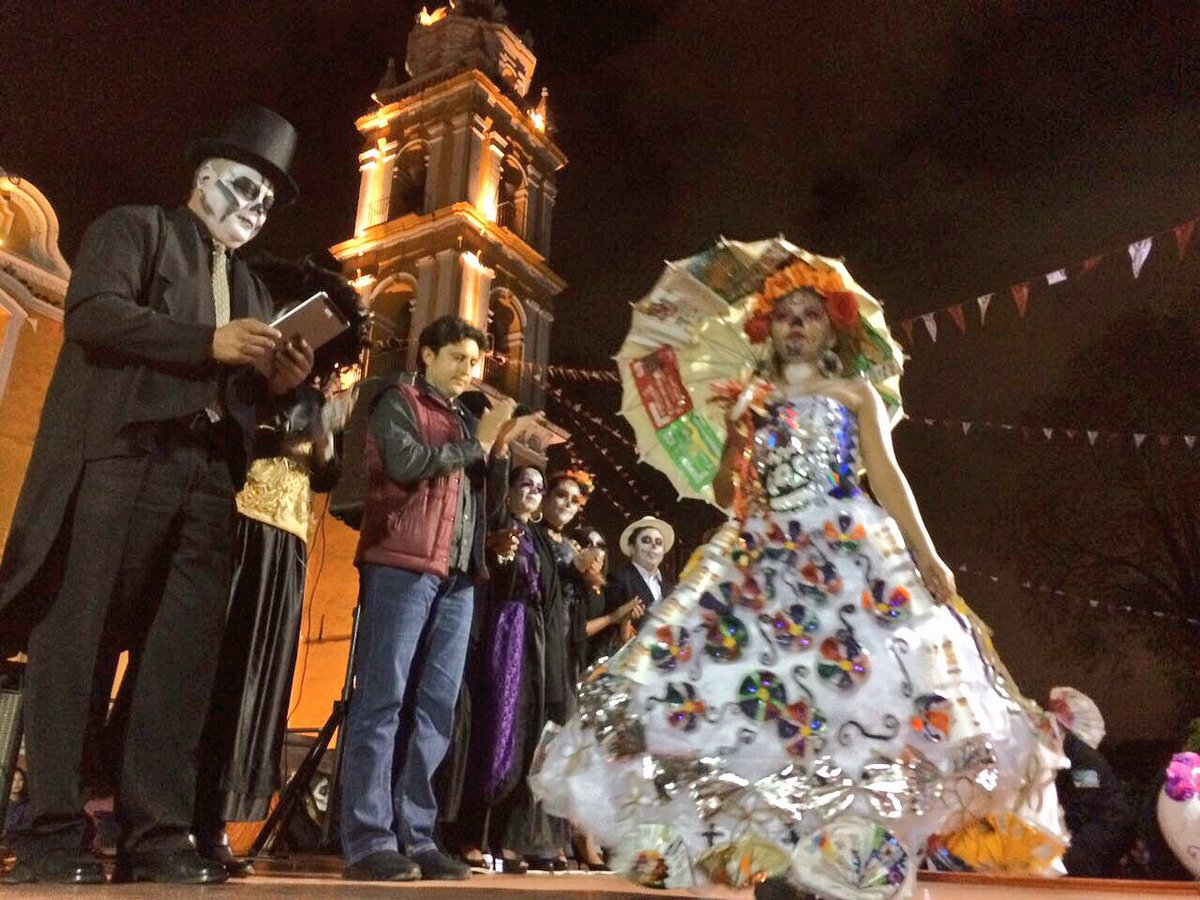 José Juan Espinosa No Twitter Tras Desfile De Catrinas Y