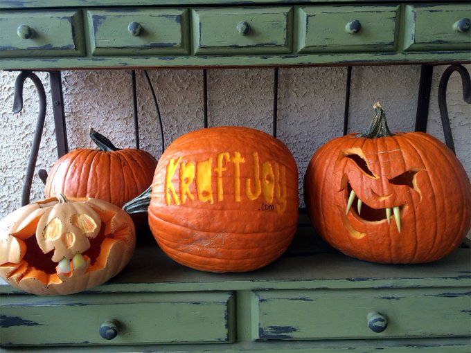 Happy Halloween from !Halloween Kraftjoy crafty craftmom crafts